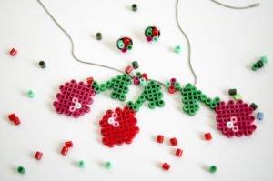 Kette und Ohrringe mit Kirschenmotiv aus Bügelperlen von Ms.Hey!