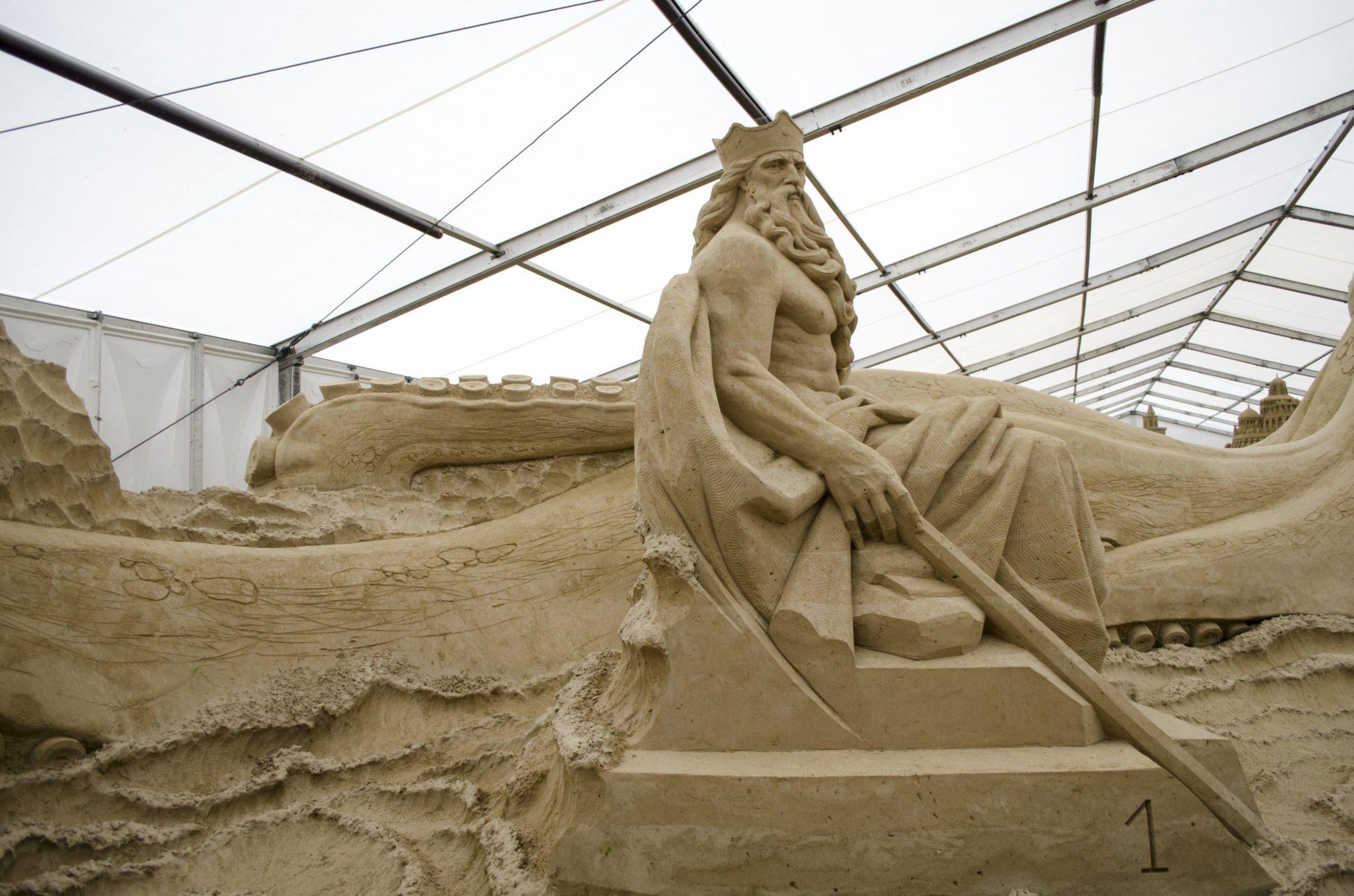 Sandskulpturen- der Gott des Meeres